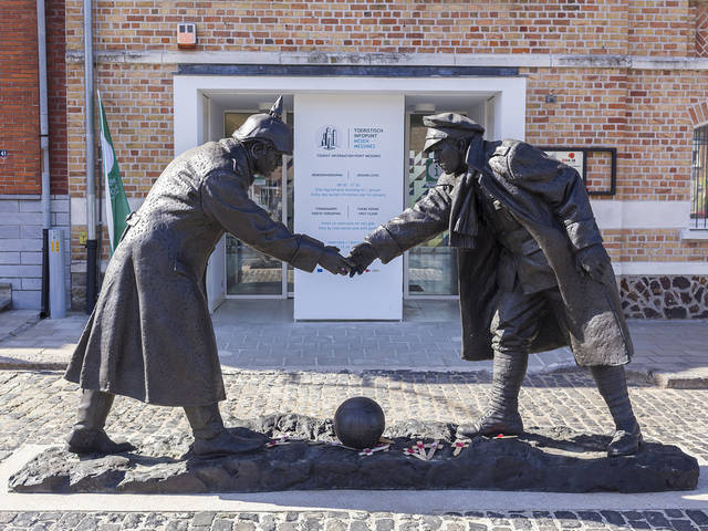 WWI Christmas Eve Truce statue at Mesen, Belgium