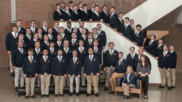 UW-Eau Claire Singing Statesmen group photo fall 2018