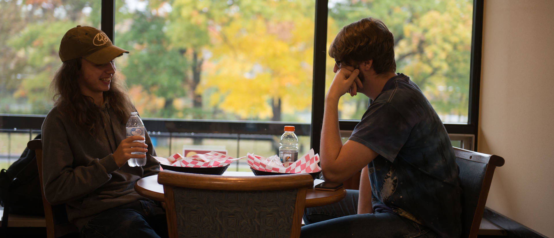 UW-Eau Claire – Barron County students eat lunch on campus.