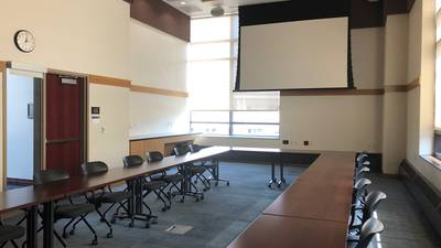 Chancellors Room: conference-O setup
