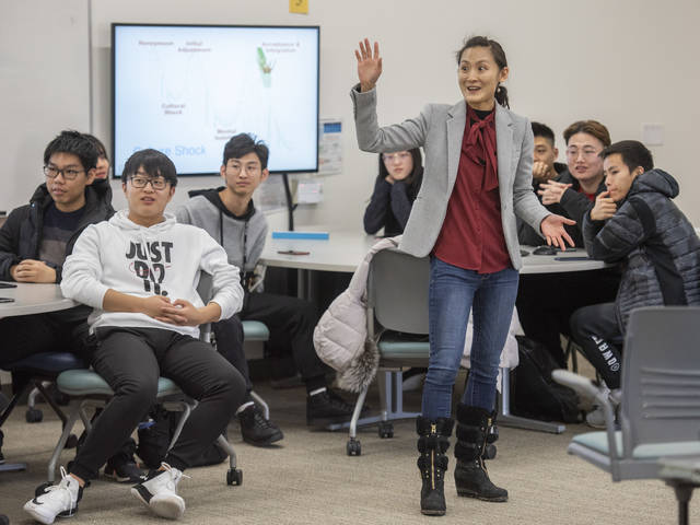 Dr. Ming-Li Hsieh talks about culture shock with China 1+2+1 students