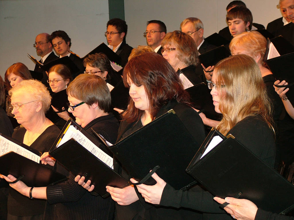 Red Choir Sings at UWEC-Barron County