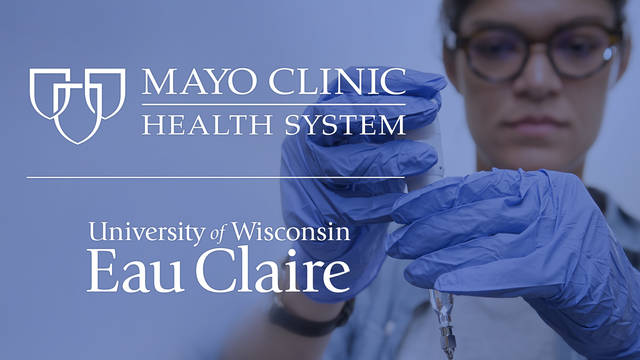 Photo of student researching in lab as part of Mayo Clinic and UW-Eau Claire partnership
