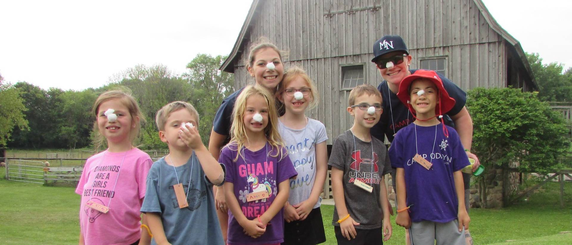 Alexa Shelton with campers