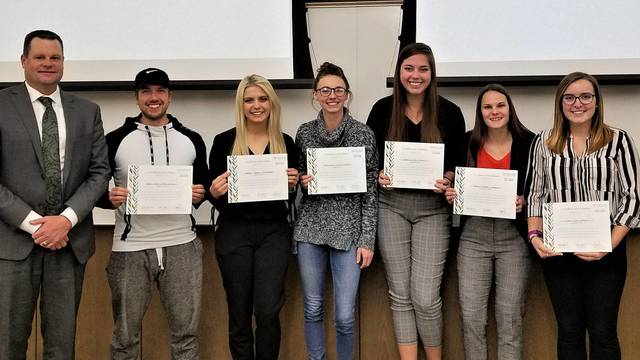 The team recognized for excellence included Samantha Langseth, Andrew Larson, Vanessa Nielsen, Sarah Peichel, Ashley Tettamanzi, Sydney Weaver-Lang, and Jenna Wetzel.
