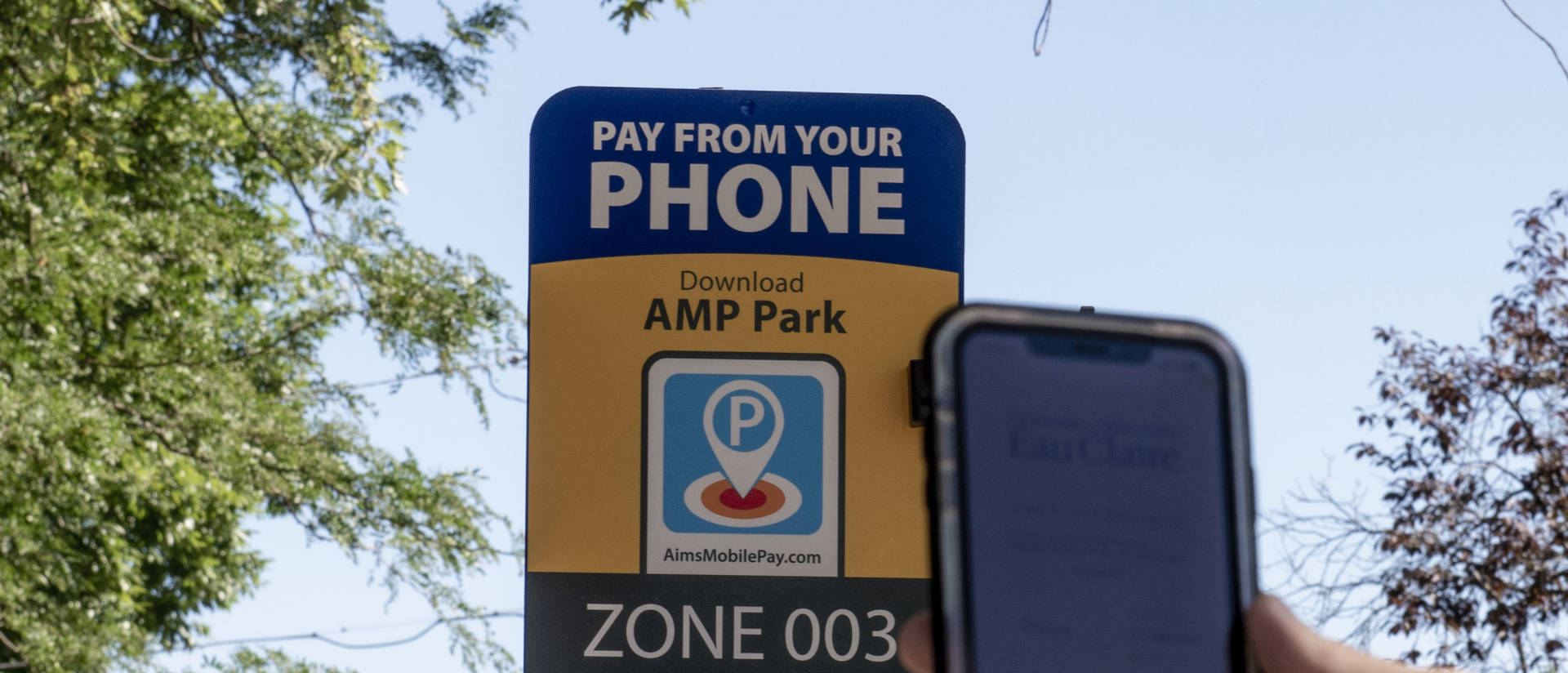Drivers at UW-Eau Claire can ditch their coins and now pay for timed parking with the use of a mobile app.