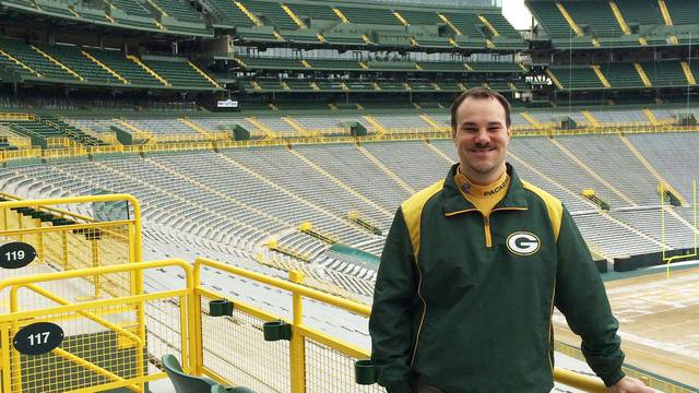UW-Eau Claire alumnus Brent Hensel has been named curator of the Green Bay Packers Hall of Fame.