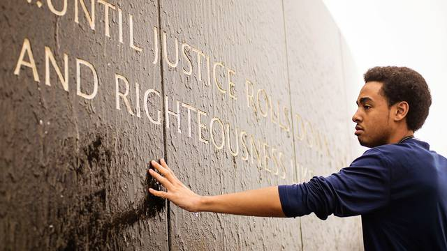 Student at Civil Rights Memorial Center