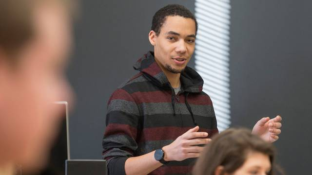 Tayo Sanders III teaching and honors course