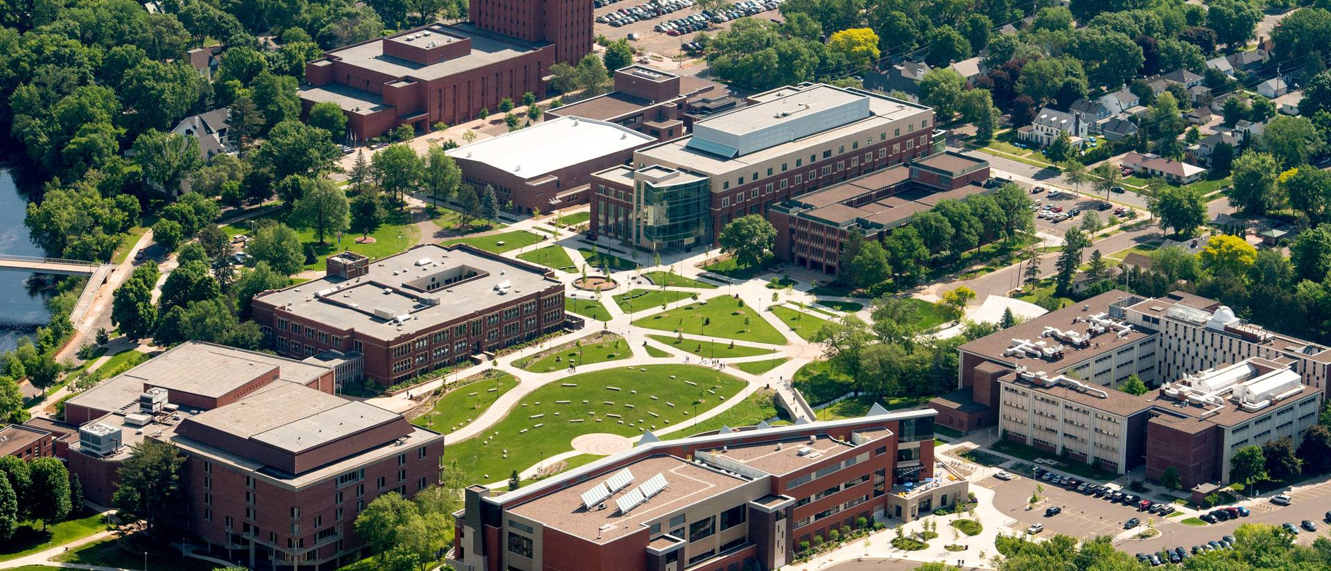aerial view of UW-Eau Claire central lower campus