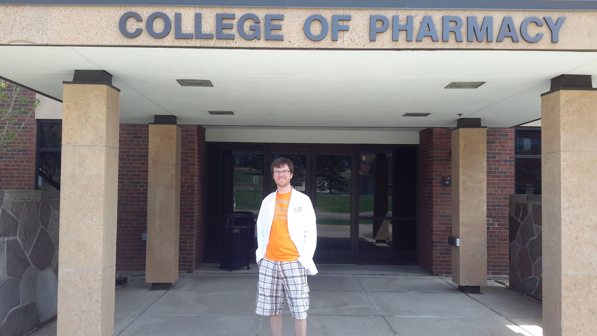 I want to become a Pharmacist! What should I major and minor in?