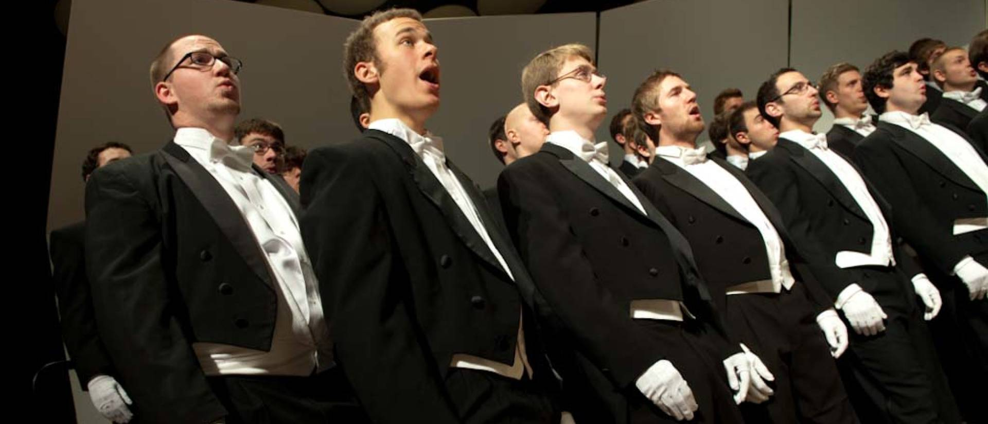 UW-Eau Claire Singing Statesmen perform