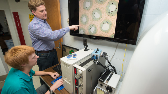 Dr. Matt Jewell and student researcher