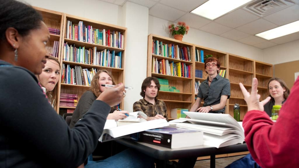 What graduate degrees can someone with an English Undergrad pursue?
