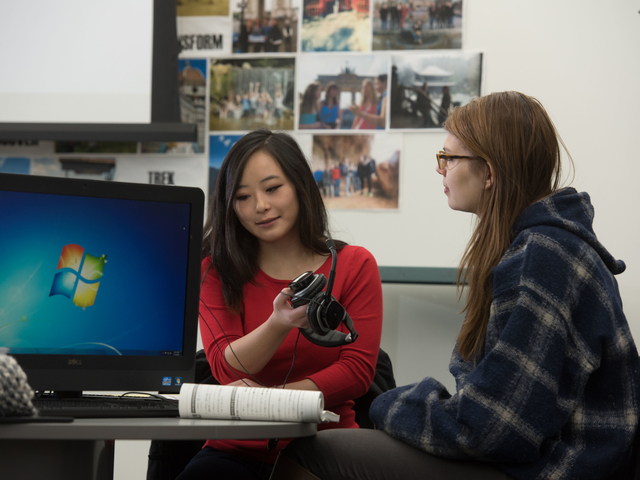 UWEC students in technology lab