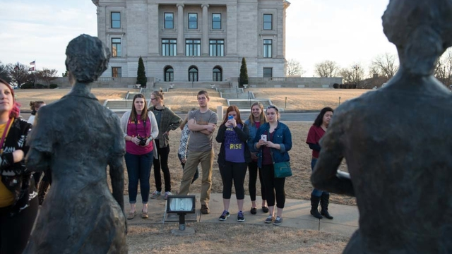 UWEC students on Cajun watershed immersion trip