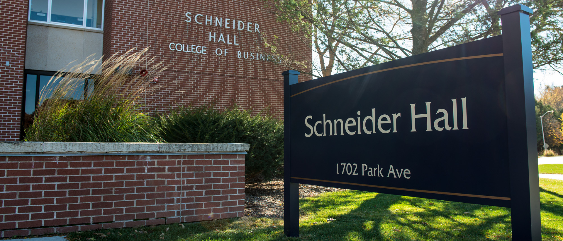 Schneider hall the College of Business home