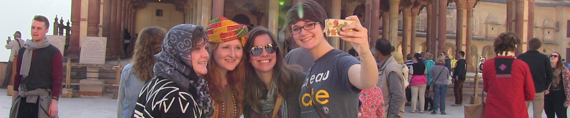 Women's studies students during winterim immersions in India.