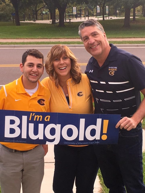 Blugold father-son duo call Homecoming football game ...