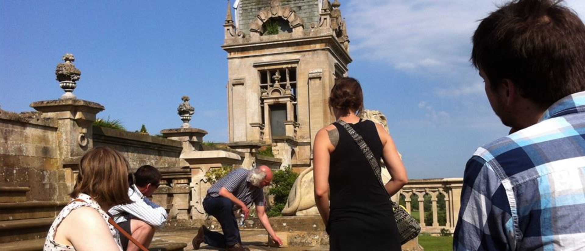 History students in England study abroad program