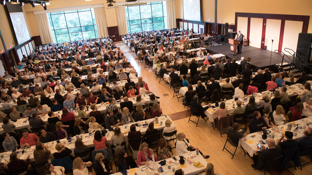 Chancellor Schmidt addressing faculty and staff at the 2015 Blugold Opening Breakfast