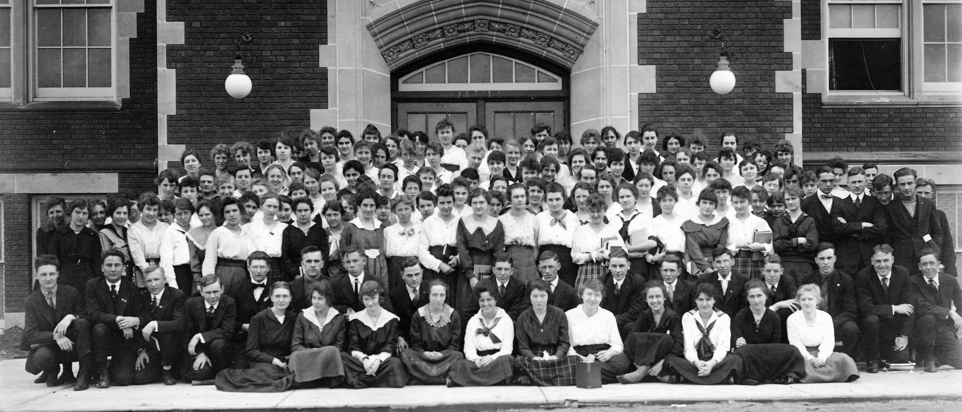 Old photo of a UWEC class