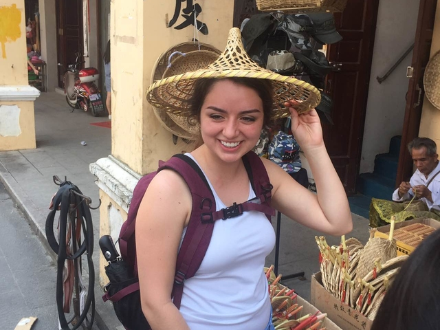 China 2017 Student in straw hat.JPG