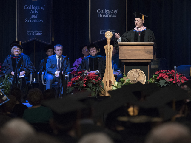 RG Conlee delivers winter 2017 commencement address