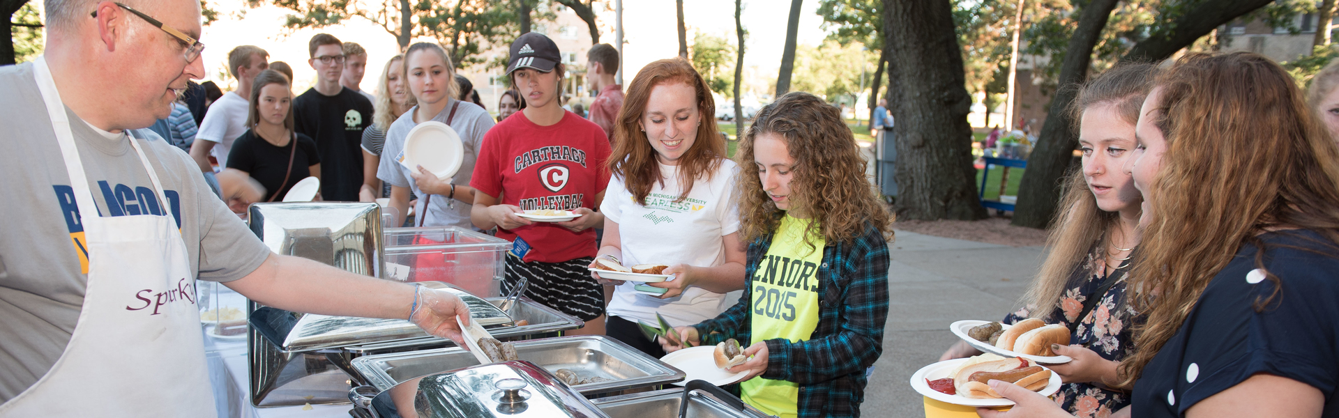 CookOUT event for Welcome Week