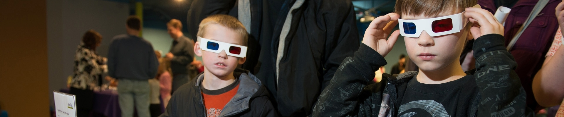 Children with 3D glasses