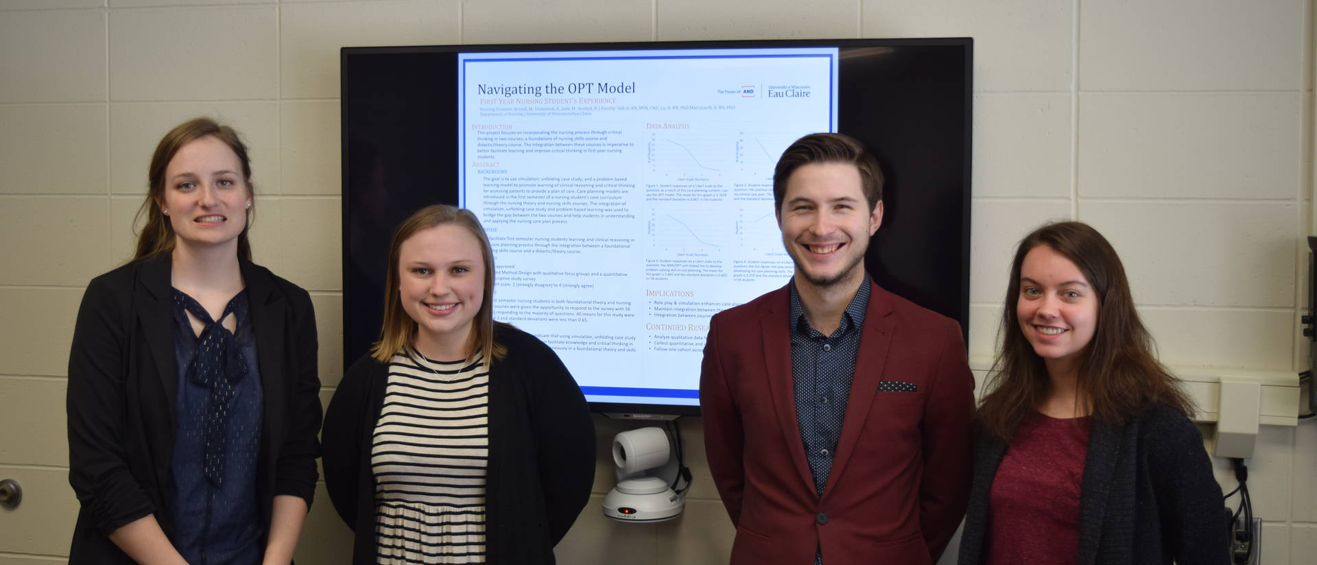Students present at MNRS