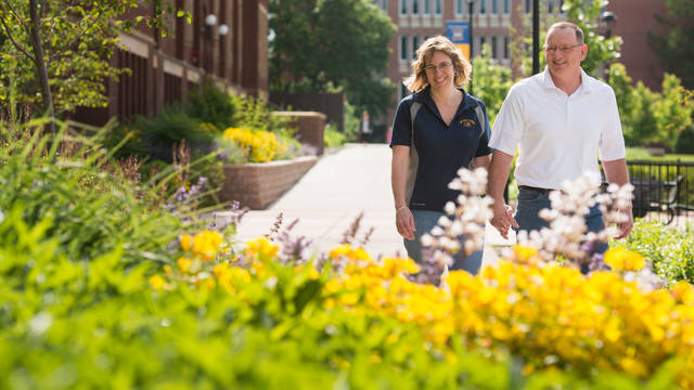 A photo of Joey Bohl admissions and her husband who have set up a planned gift.