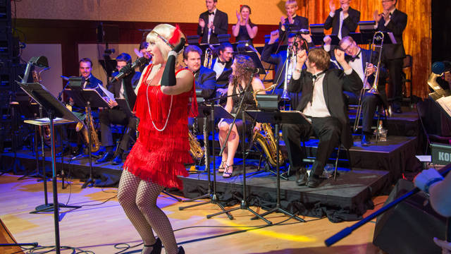 A musical performance at UW-Eau Claire's Gatsby's Gala featuring students from the Music and Theatre Arts department.