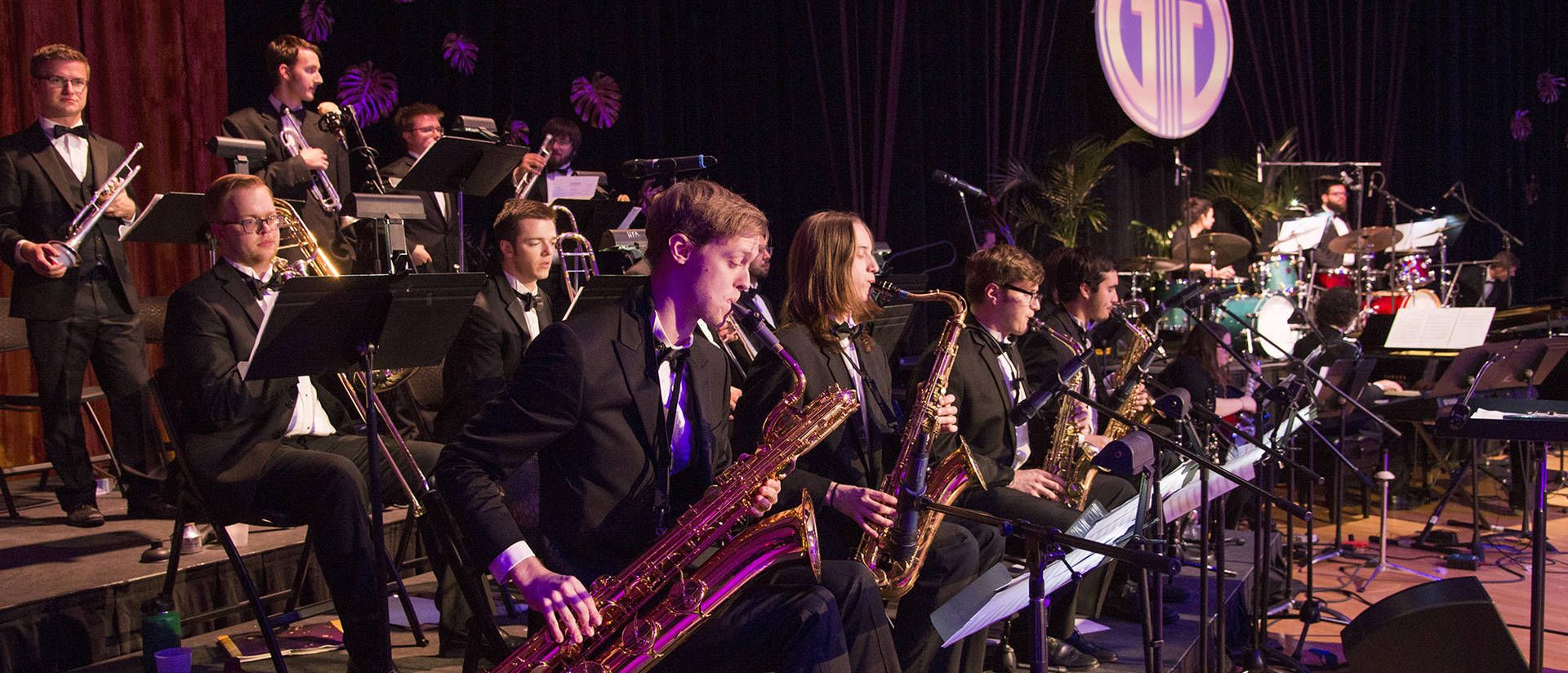 Jazz I performs at Gatsby's Gala 2017