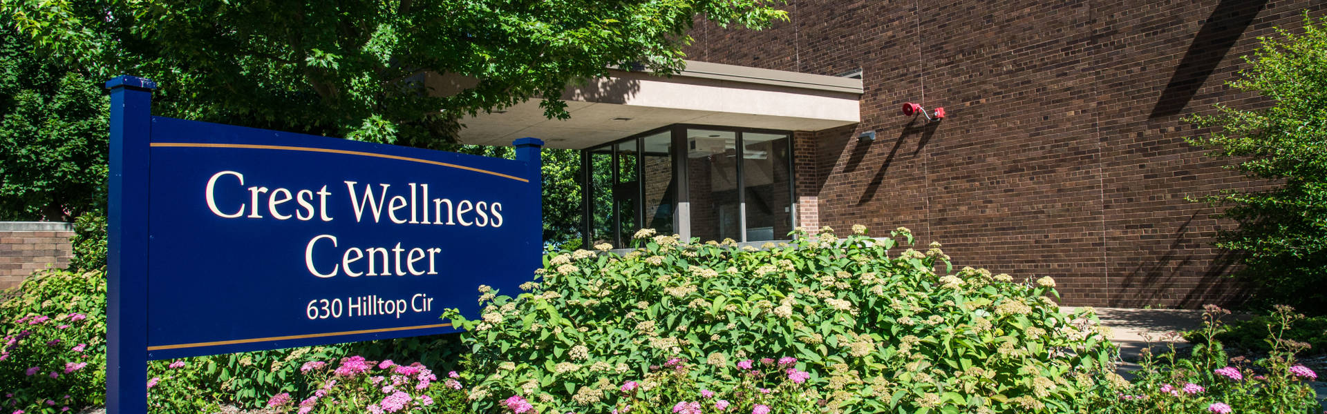 Crest Wellness Center Exterior Sign